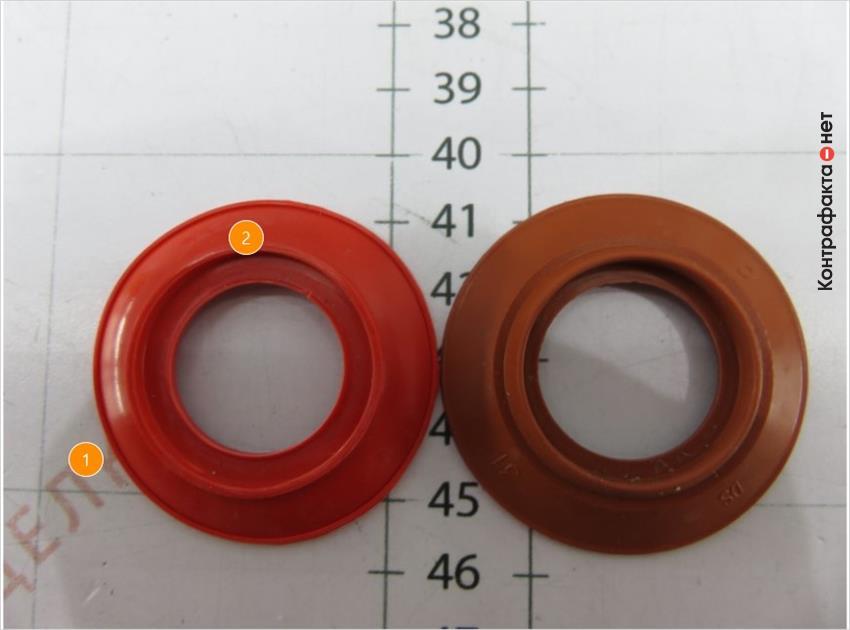 1. Отсутствуют маркировки. <br> 2. Оттенок обратного клапана не соответствует оригиналу.